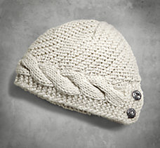 Button Accent Cable Knit Hat